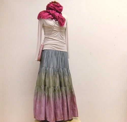 Jako po babičce?....romantická hedvábná sukně