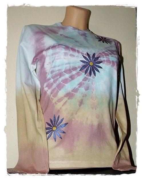 Dámské batikované tričko - fialové květiny
