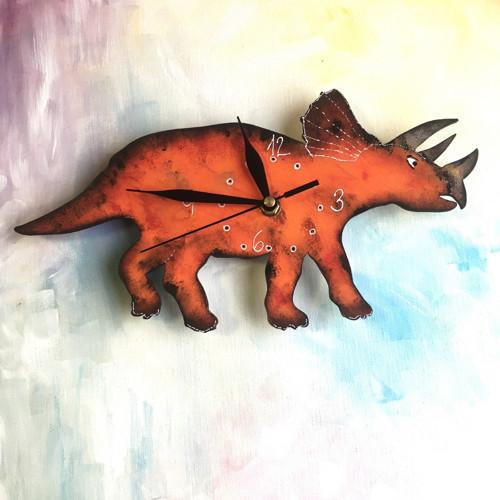 Dřevěné nástěnné hodiny - Triceratops