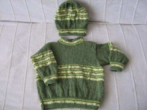 zelený svetřík s čepičkou