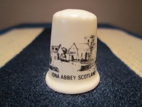 Sběratelský náprstek Skotsko - Iona Abbey