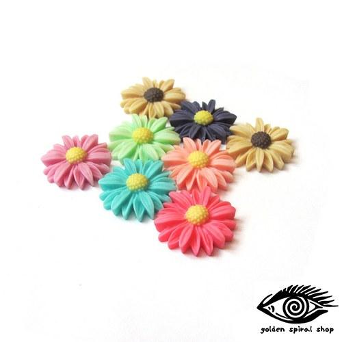 Květina - kabošon