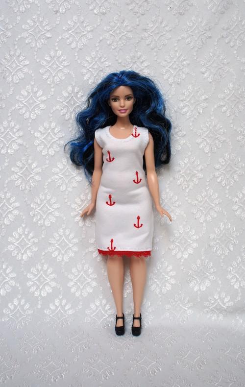 Noční košilka pro Barbie 2016 - curvy - baculku