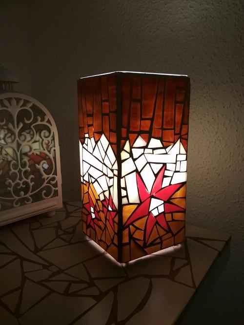 Mozaiková lampa...Květiny letní noci
