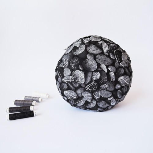 Oblázkový černý, Ø 20 cm - meditační polštářek