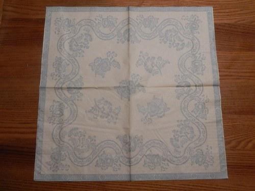 Ubrousek na decoupage - modré vzory