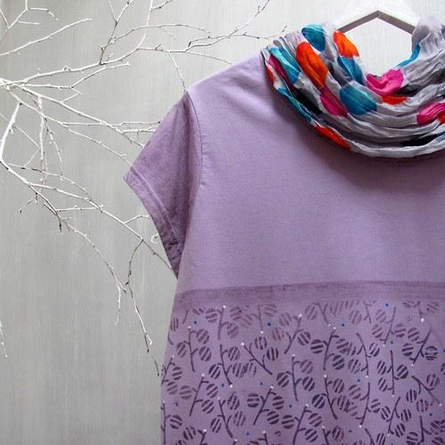 tričko lila s potiskem