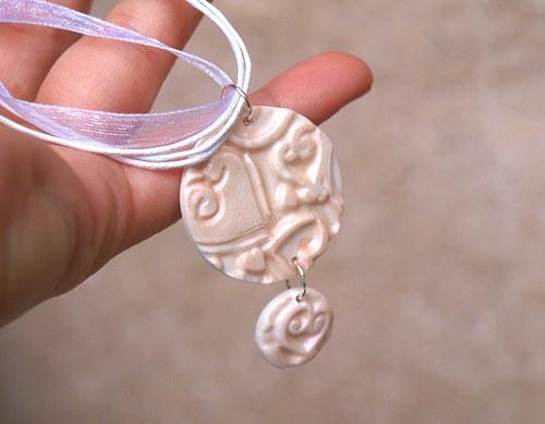 Jemnost-šperk na krk