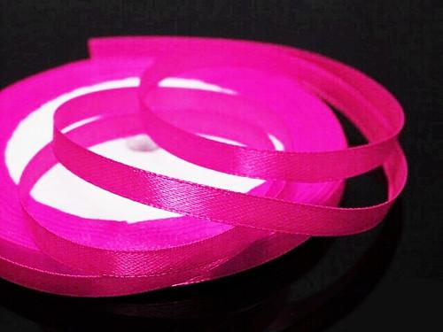 19201-B29 Stuha satén 6mm růžová neon, svazek 3m