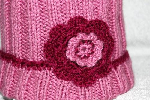 Pletená dívčí čepice