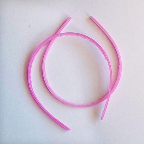 čelenka plast poloprůhl/ růžová sv/ šířka 7mm/ 1ks