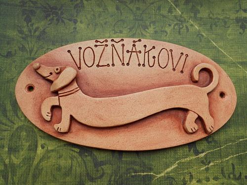 originální keramická jmenovka /pes/