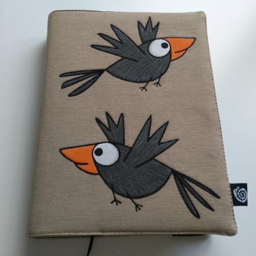 Nastavitelný obal na knihu zvědavé vrány