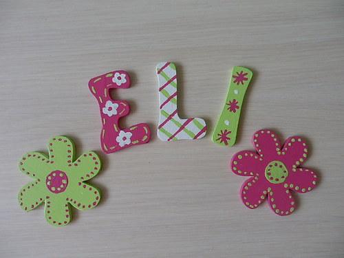 Dřevěné písmenka + dekorace Kytičky