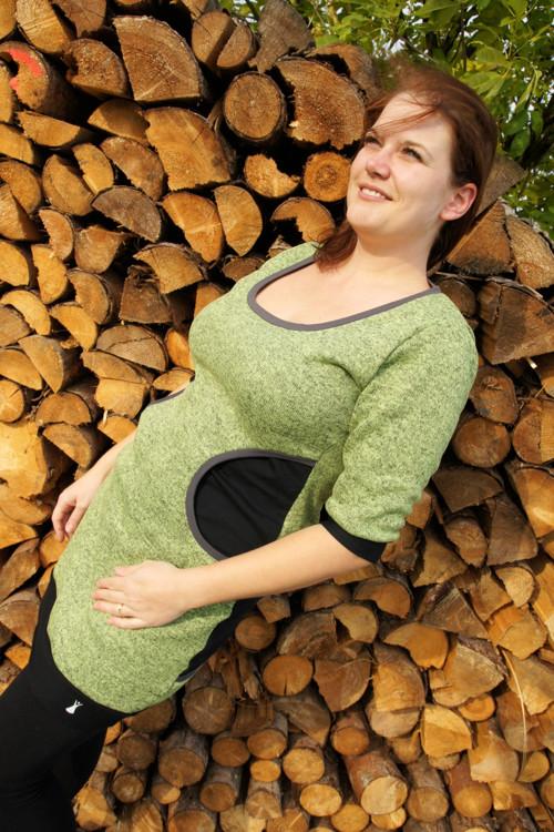 Zelené teplé šaty