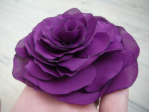 Fialková růže