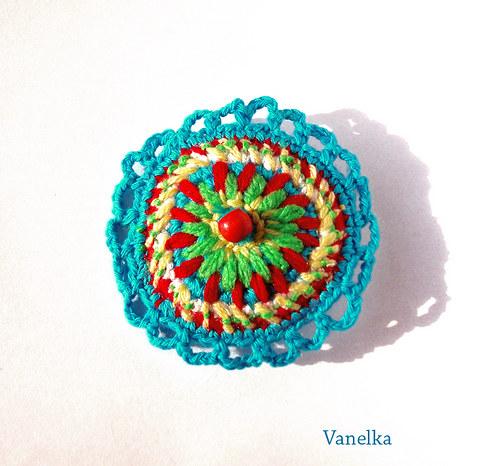 Crochet  brooch - tyrkysová