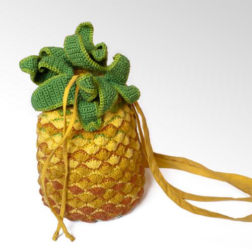 Ananas = kabelka nebo batůžek