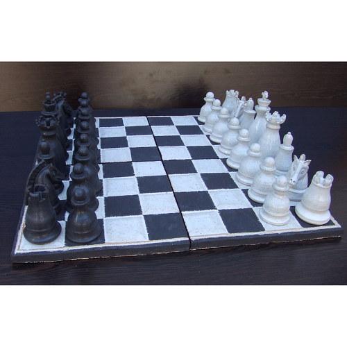 Keramické šachy velké černobílé