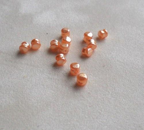 voskované 4mm sv.oranžová tvar bubínek 100ks