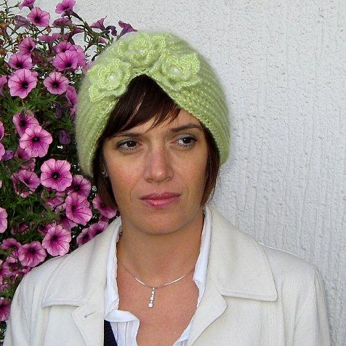 Háčkovaná čepice Elegant