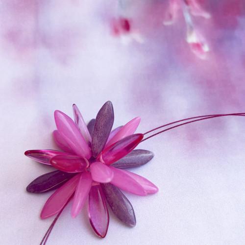Náhrdelník: Růžovofialový květ