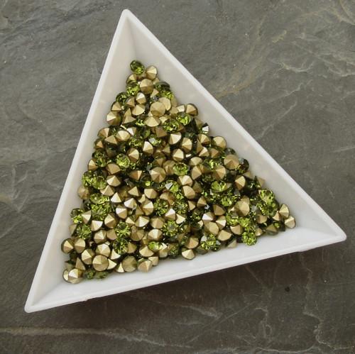 Skleněné šatony  2,9 - 3,0 mm - 50 ks - zelené
