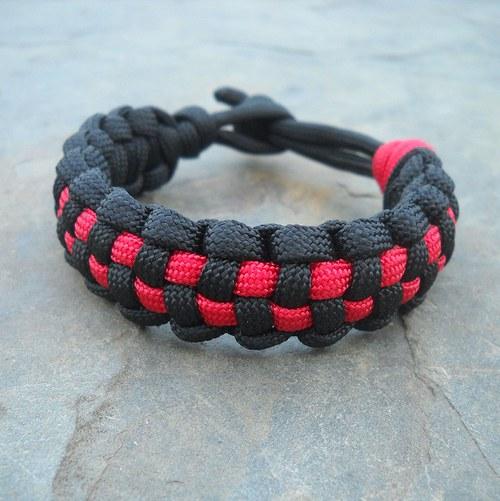 Náramek černo-červený