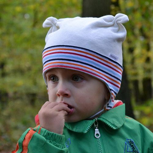 Střih a fotonávod na ušití dětské čepičky