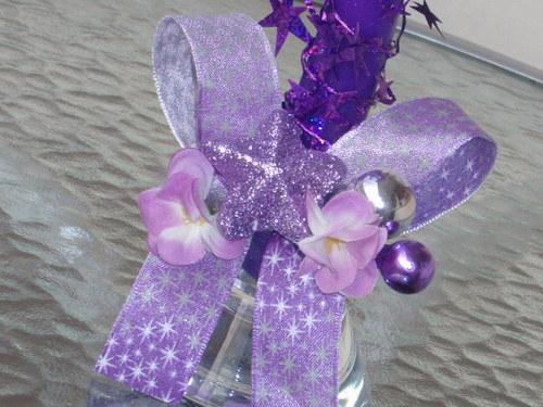 Vánoční svícen fialkový s hvězdičkami