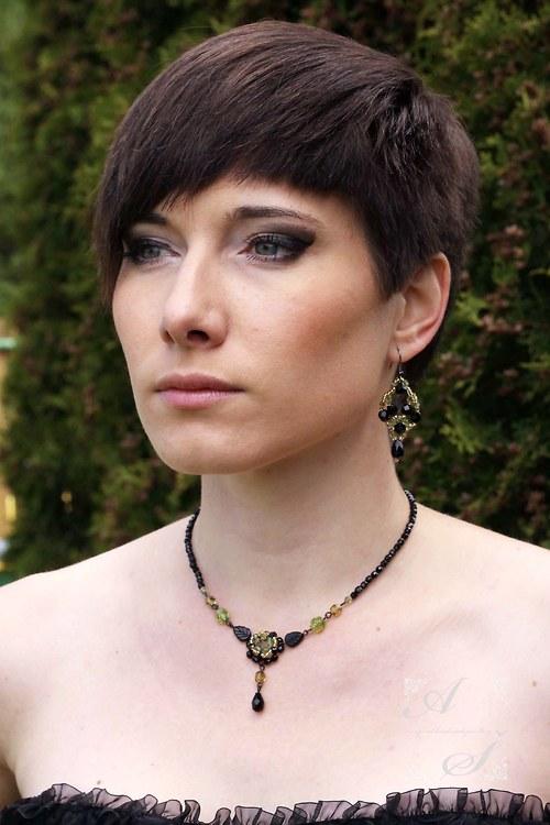 Black Velvet in Gold - náhrdelník 12