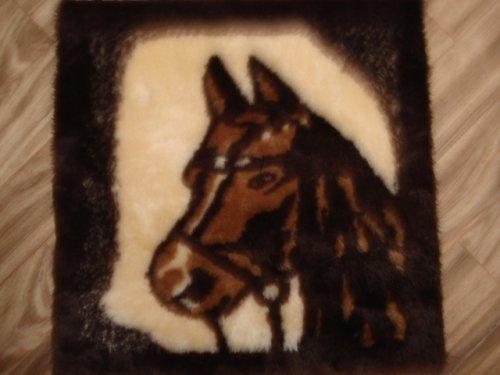 Panel -Kůň,kožešinka