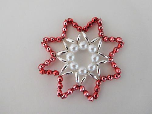 Růžová vánoční hvězda