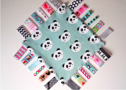 Dečka se stužkami - Muchláček panda (holčička)