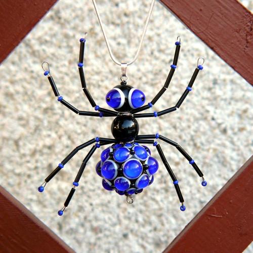 Mega pavouk cobalt