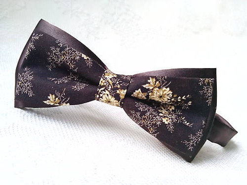 Vintage bow tie (brown/beige flowers)