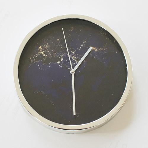 NOČNÍ ZEMĚ nástěnné hodiny