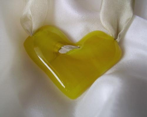 srdíčko žluté