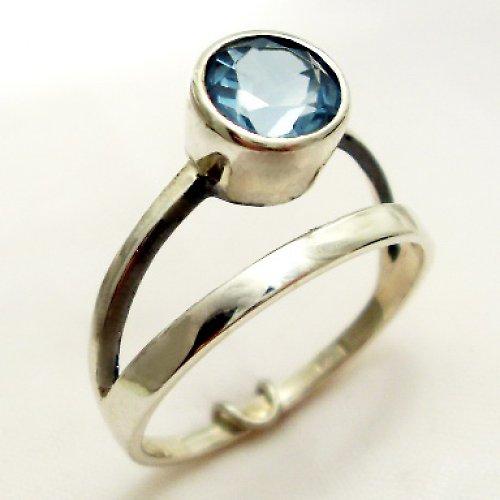 Prsten «Jezero» - stříbro 925, modrý topaz
