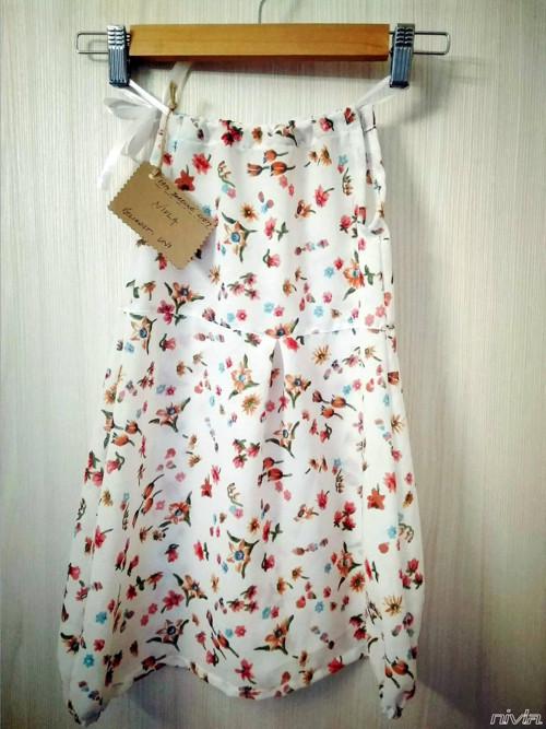 Šaty pro malé holky - bílé s barevnými květy