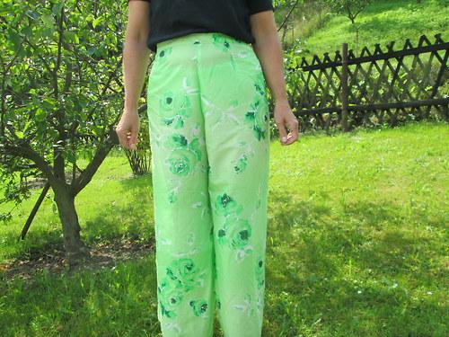 zavinovací kalhoty