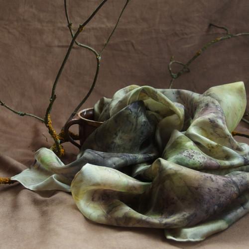 Co šeptají javory - hedvábný šátek S23 - eco print
