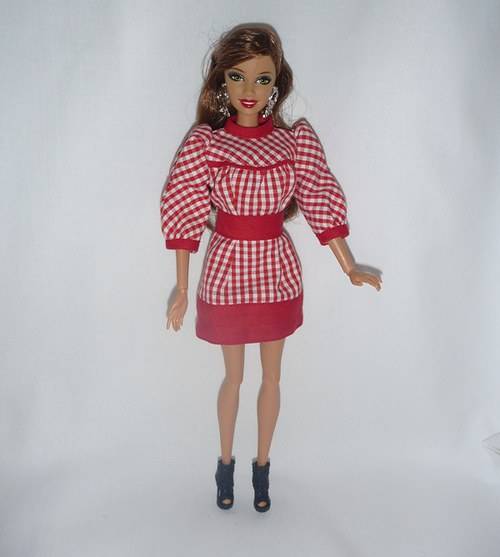 Šatičky pro Barbie