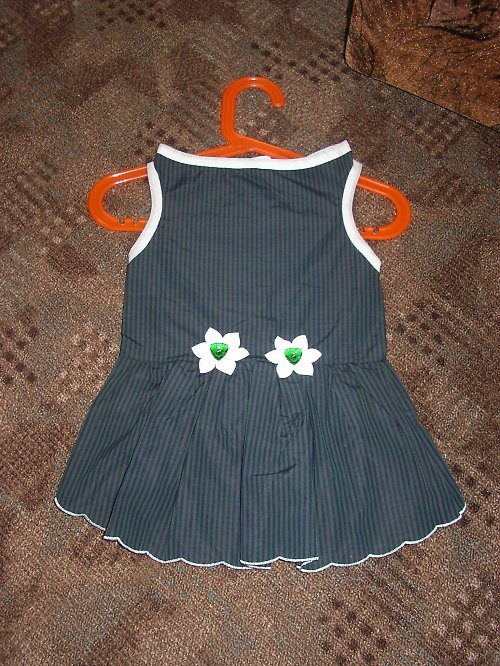 130. Šaty zelené