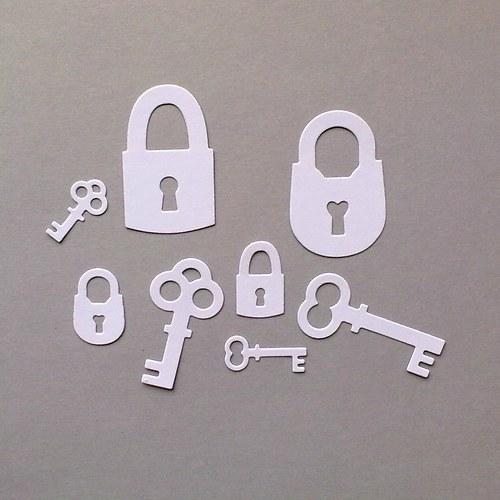 Výsek - Klíče a zámek 8ks