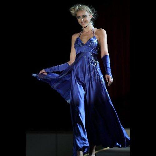 Modré hedvábné šaty