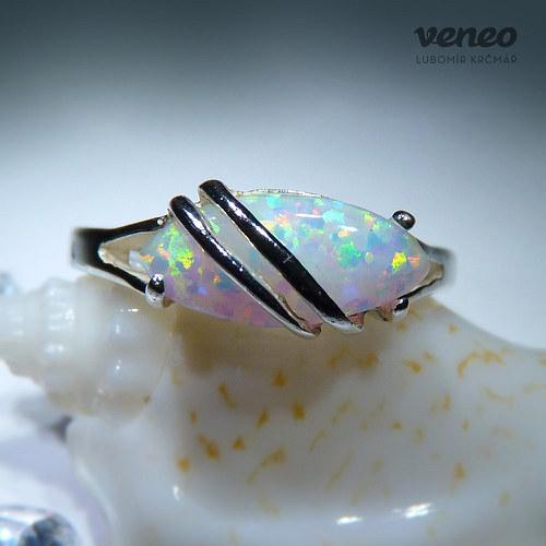 Marabelle - prsten s opálem a plastikou