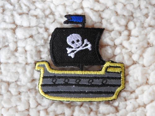 Nažehlovačka reflexní Pirátská loď