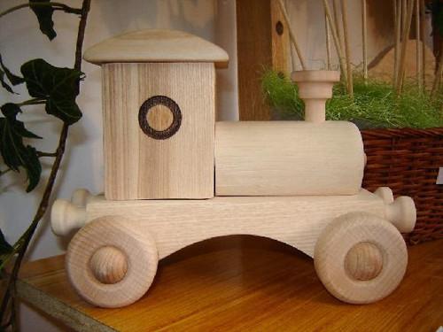 Dřevěná mašinka - přírodní
