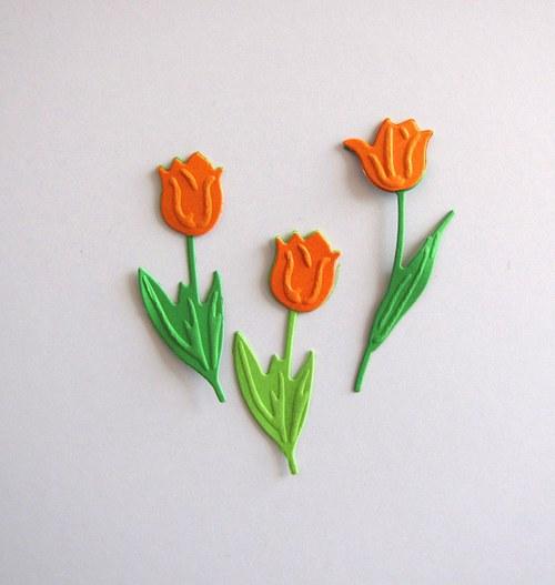 Tři tulipány oranžové